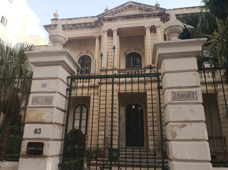 Die Suprnation Villa