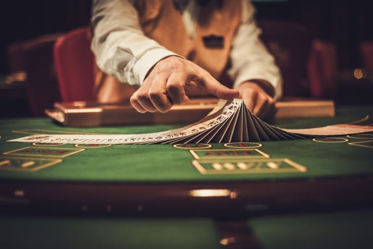 Mehr als 70% der Mitarbeiter in Casinos arbeiten zu Niedriglöhnen
