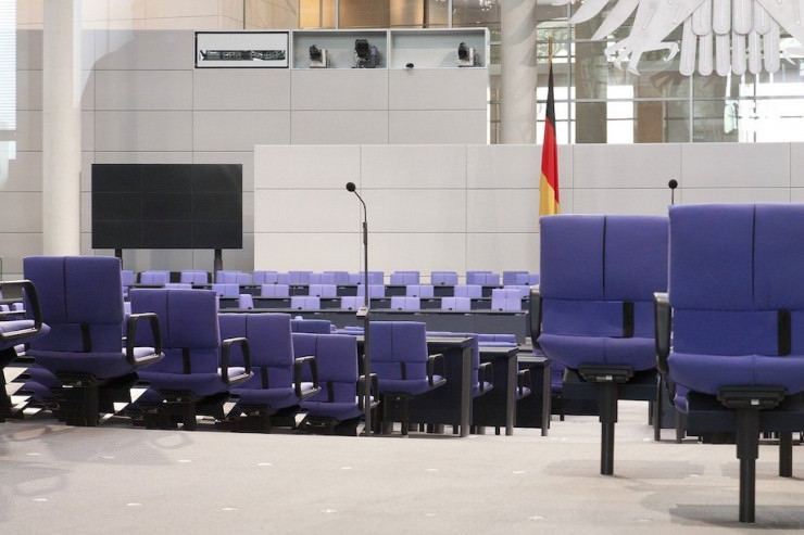 Ex-Ministerin Schröder: Lobbyistin für staatliches Glücksspiel?
