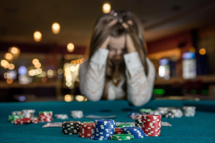 UK: GamCare warnt vor rasantem Anstieg von Spielsucht bei Frauen