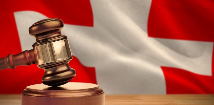 Schweiz: Hintermann einer illegalen Glücksorganisation steht vor Gericht
