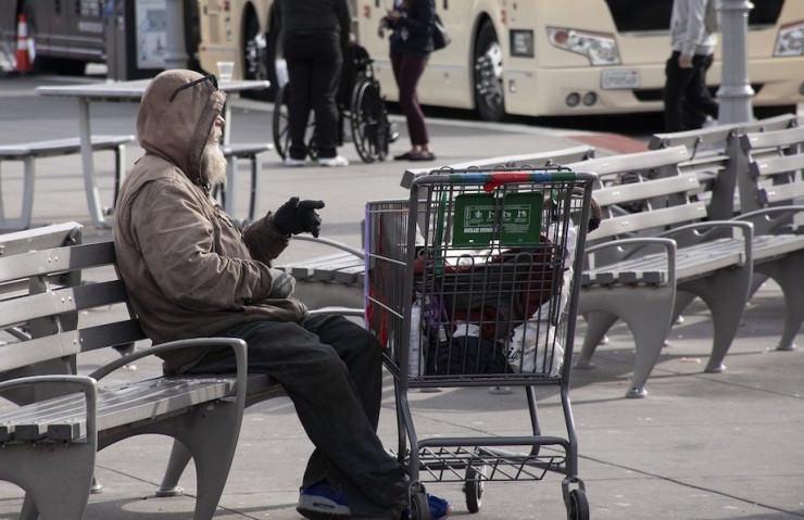 Obdachloser gewinnt 2.500 Euro im Casino - dann wird er ermordet