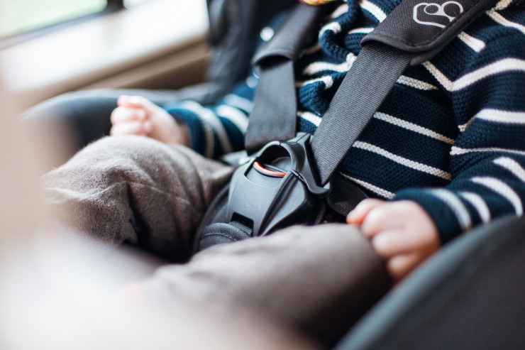 35-jährige Mutter lässt Kind im Auto und zockt in der Spielhalle