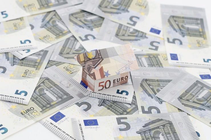 Chinesen Manipulieren In Spanien Automaten Mit 5 Euro Scheinen