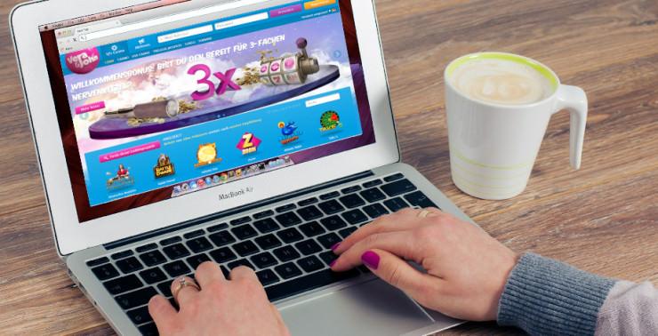 Exklusives Vera&John Gewinnspiel für GambleJoe-Spieler: MacBook als 1. Preis